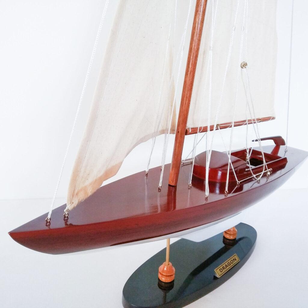 Dragon makett L50 Vitorlás hajómakett [tag]
