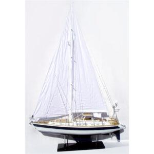 Hallberg Rassy 62 makett L80 Balatoni hajómakett