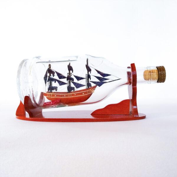 HMS Bounty Henessy palackban Hajómakett üvegben
